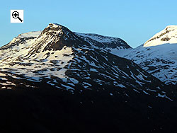 Fannar�ken (right) and Steindalsnosi (left) from Berdalsfjellet to the west