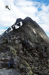 Looking up the north west arête of Mjølkedalstind